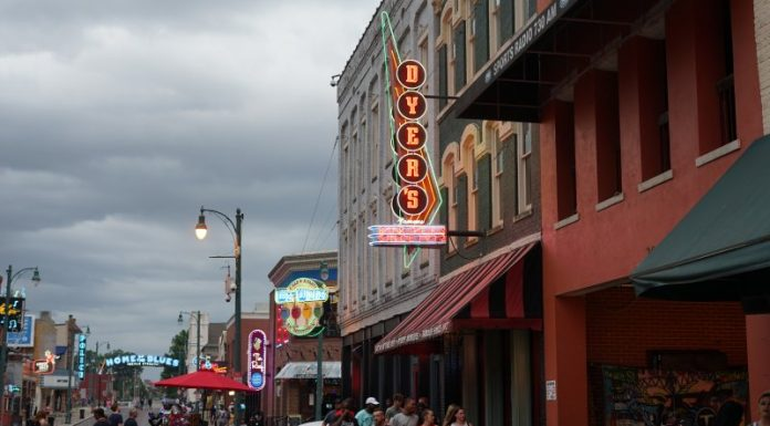 Memphis, Tennessee - Dyer's Burgers - Beale Street