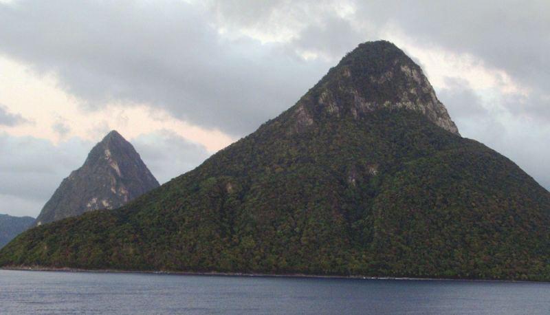 Caribbean: Saint Lucia - Gros Piton