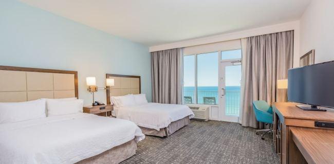 Panama City Beach - Hampton Inn Suites - Beachfront - PCB